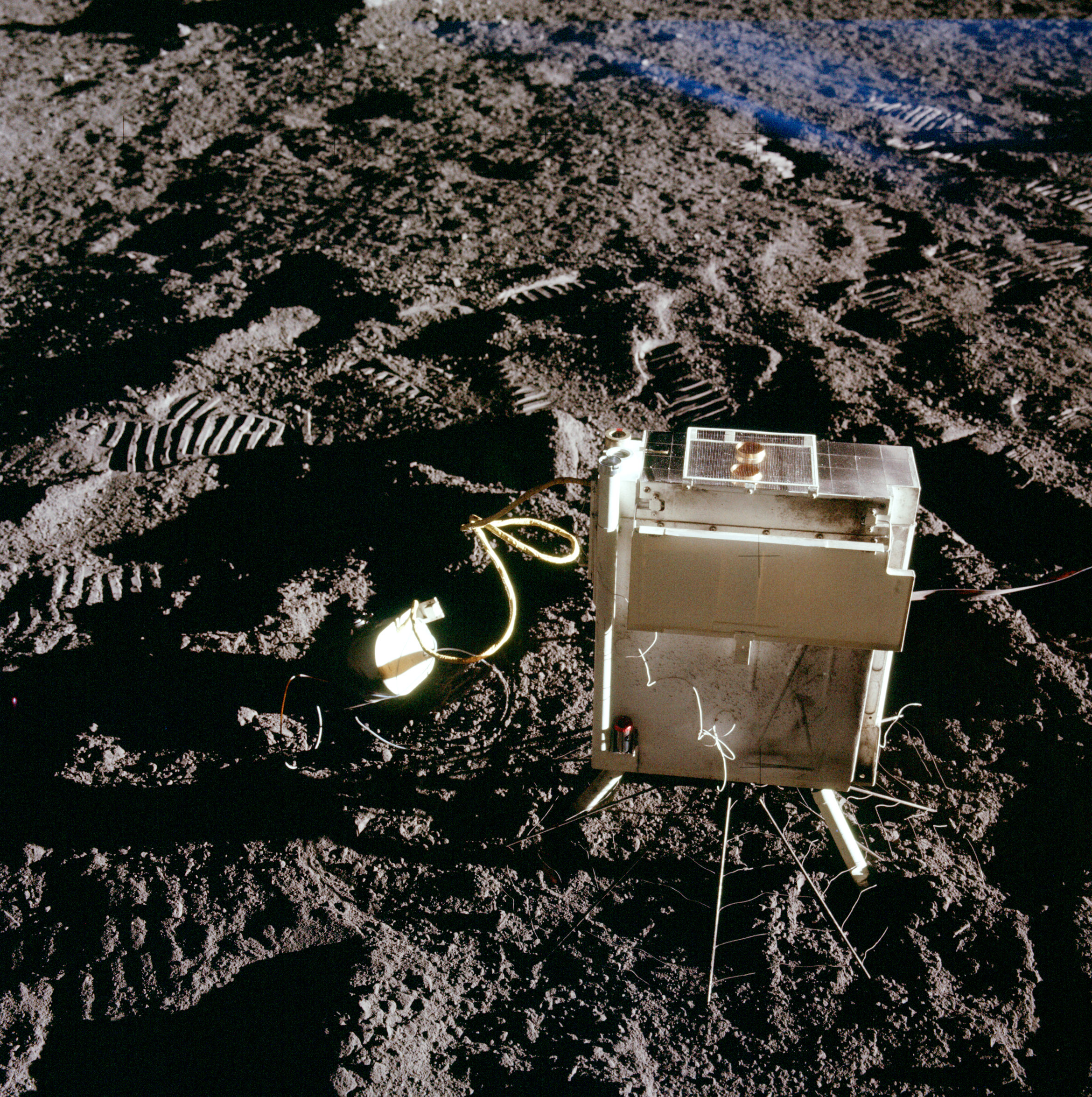 _images/apollo12-SIDE_CCIG.jpg