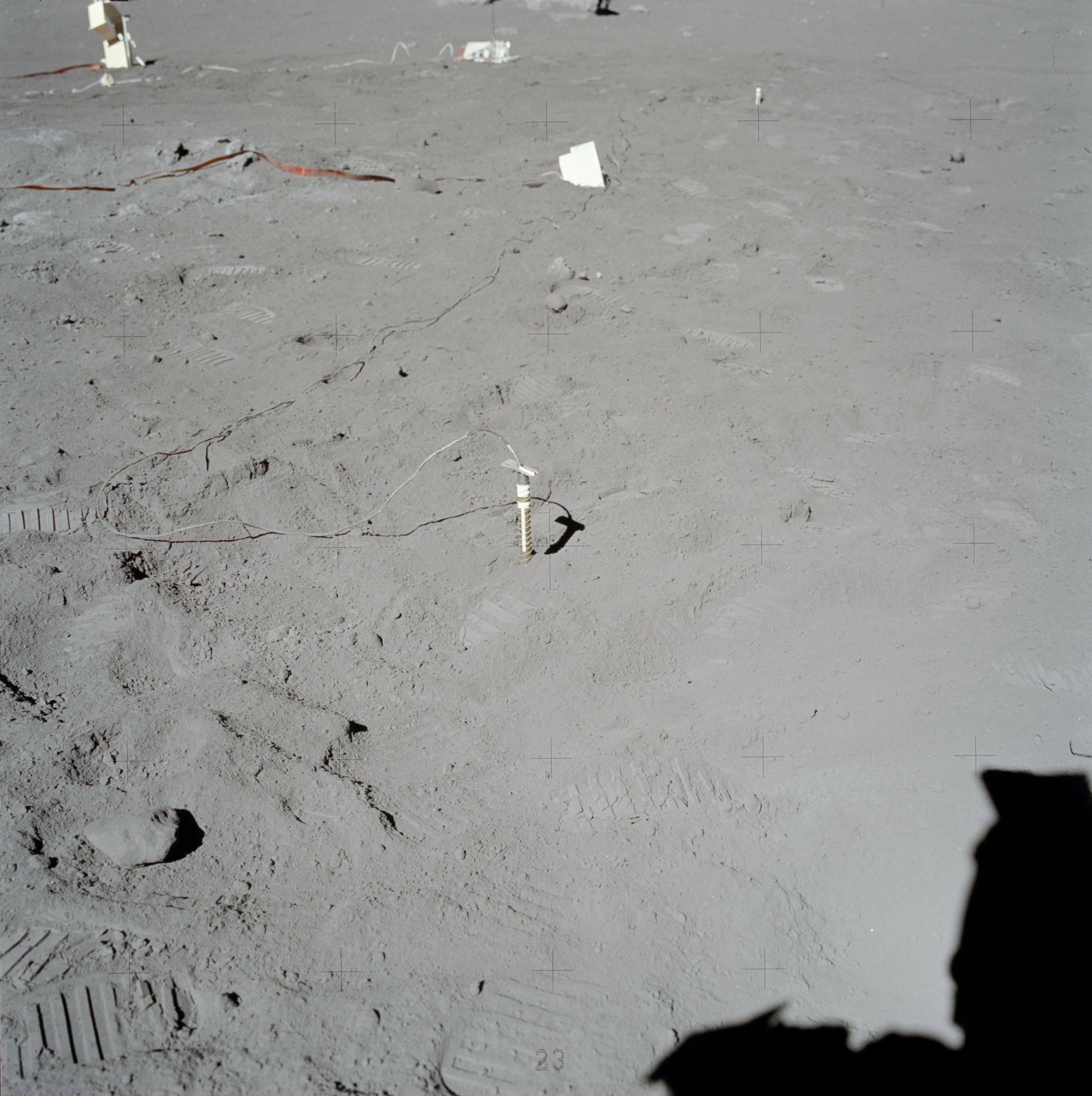 ../_images/apollo17-HFE.jpg